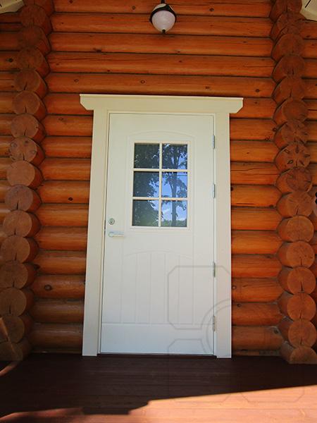 входная деревянная дверь с окном фото